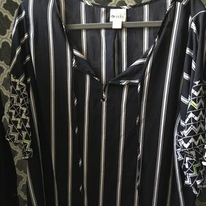 Geometric and stripes sheer blouse!